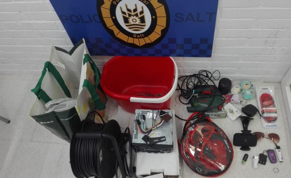 Els controls policials permeten detenir a set persones en deu dies