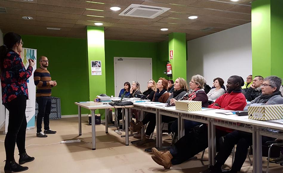 L'Ajuntament incorpora 25 persones que es trobaven en situació d'atur de llarga durada per fer tasques a l'espai públic i d'atenció i informació a la ciutadania