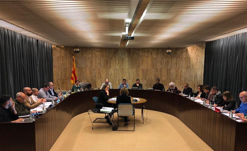 L'Ajuntament inicia els tràmits de requalificació dels terrenys que cedirà a Ensenyament