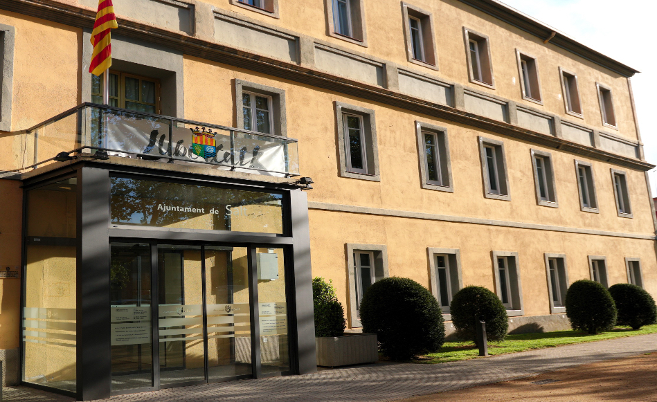 L'Ajuntament de Salt adapta els serveis essencials municipals al nou decret de restriccions de l'Estat d'Alarma.