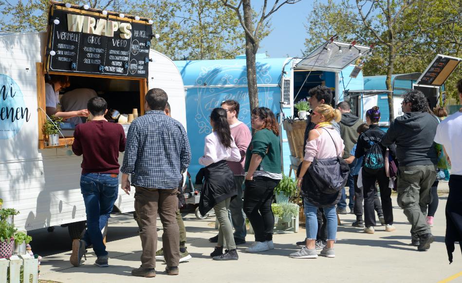 Salt ajorna la quarta edició de la Fira Food Truck i suspèn la Fira de la Flor i el Planter