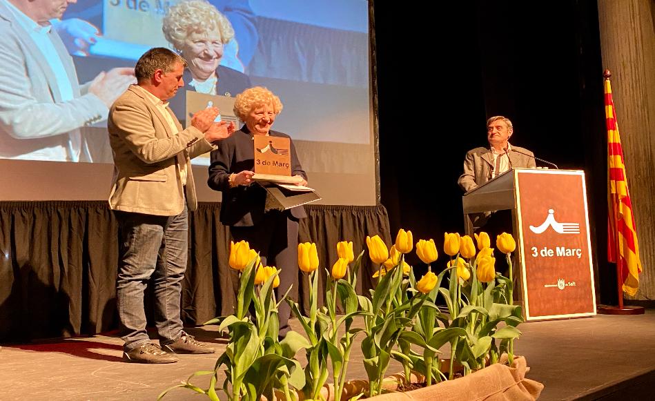 Inès Rigau rep el Premi Tres de Març 2020 de Salt