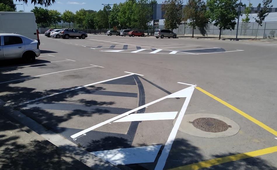 L'Ajuntament de Salt redistribueix i amplia l'aparcament situat davant l'Institut Vallvera i es guanyen 20 places noves