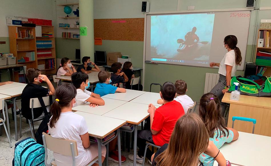 Nou escoles de Salt participen al programa 'Kayak a l'Aula'