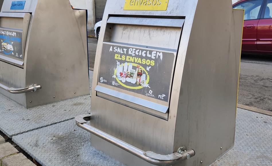 L'Ajuntament de Salt instal·larà pedals a tots els contenidors soterrats per facilitar-ne l'accessibilitat